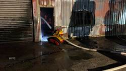 消防機器人第2次出任務! 協助灌救紙風車八里工作室火災