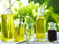 椰子油、橄欖油防曬兼保養?專科醫揭真相
