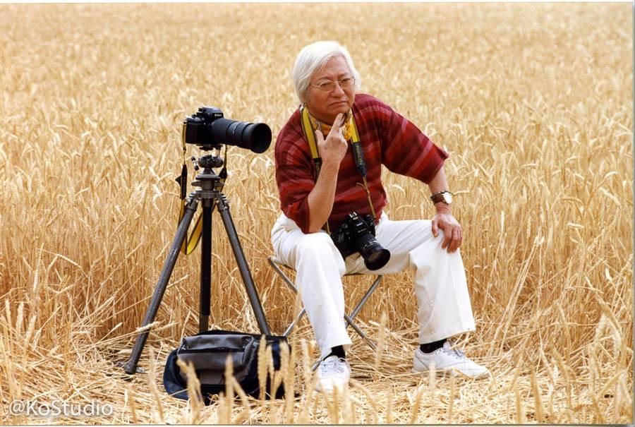 台灣現代攝影第一人柯錫杰過世。(摘自臉書)