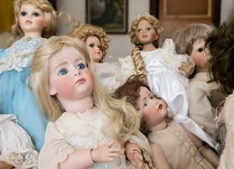 客廳傳詭聲 男驚見娃娃滑行狠瞪秒嚇逃