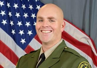 美加州一副警長遭槍殺 凶手是現役空軍士官