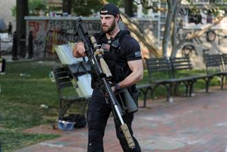 好大的一把槍!川普特勤組狙擊步槍超吸睛 全套40萬