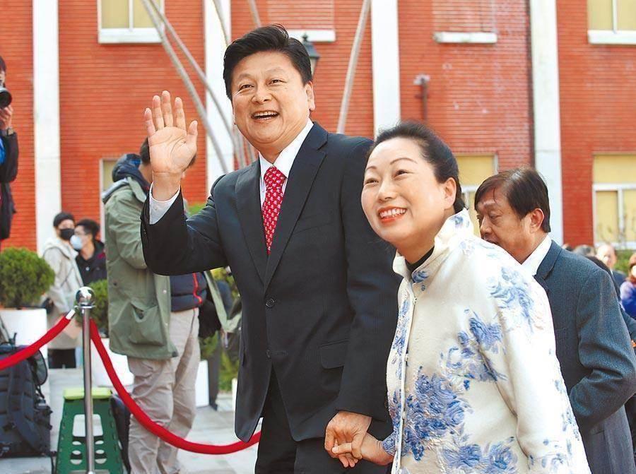 傅崐萁恢復黨籍、徐榛蔚停權兩年案,都未列在下午考紀會裡。(本報資料照)