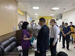 徐國勇探視遭砍4員警  要求加速採購電擊槍