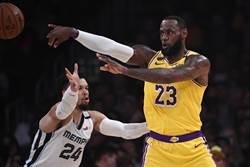NBA》72年首見 詹姆斯將成前鋒助攻王