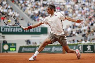 網球》費德勒膝傷復原慢 教練:有點複雜