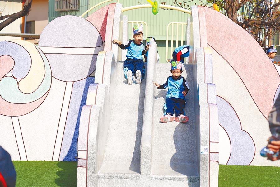 台中美樂地計畫更新塑膠遊具獲好評,市府今年度目標改善52座共融公園、3座新闢公園。(盧金足攝)