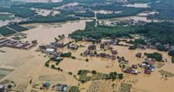 陸持續暴雨「洪水狂淹11省」 損失172億元、262萬人受災