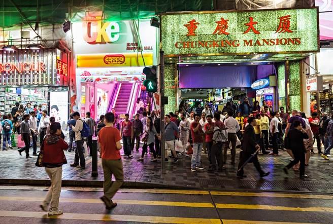 香港昔日高檔建築 如今淪為世界貧民窟