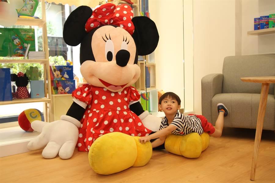 迪士尼美語世界標榜寓教於樂從小學習,動向備受幼教業界矚目。