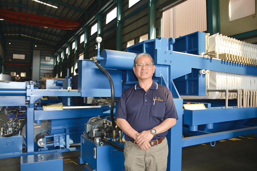 元錩公司總經理蔡篤行表示,將「廢水變黃金」,也讓臺灣的環境更清淨、讓未來更美好。圖/李水蓮