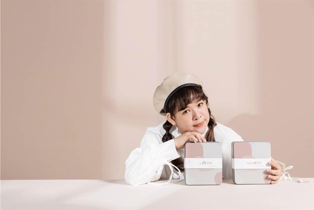 YouTuber古娃娃自有品牌WA!COOKIES餅乾推新口味「阿薩姆紅茶拿鐵」、「伯爵茶拿鐵」。(圖/品牌提供)