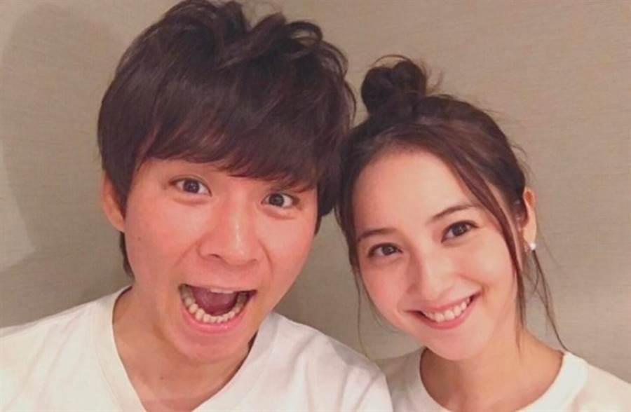 女神佐佐木希與渡部建3年婚姻亮紅燈。(圖/取材自Instagram)