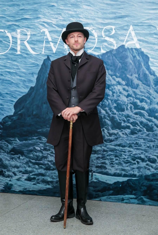 法比歐在公視《斯卡羅》中飾演美國領事「李仙得」,也是他首度戲劇演出。(盧禕祺攝)
