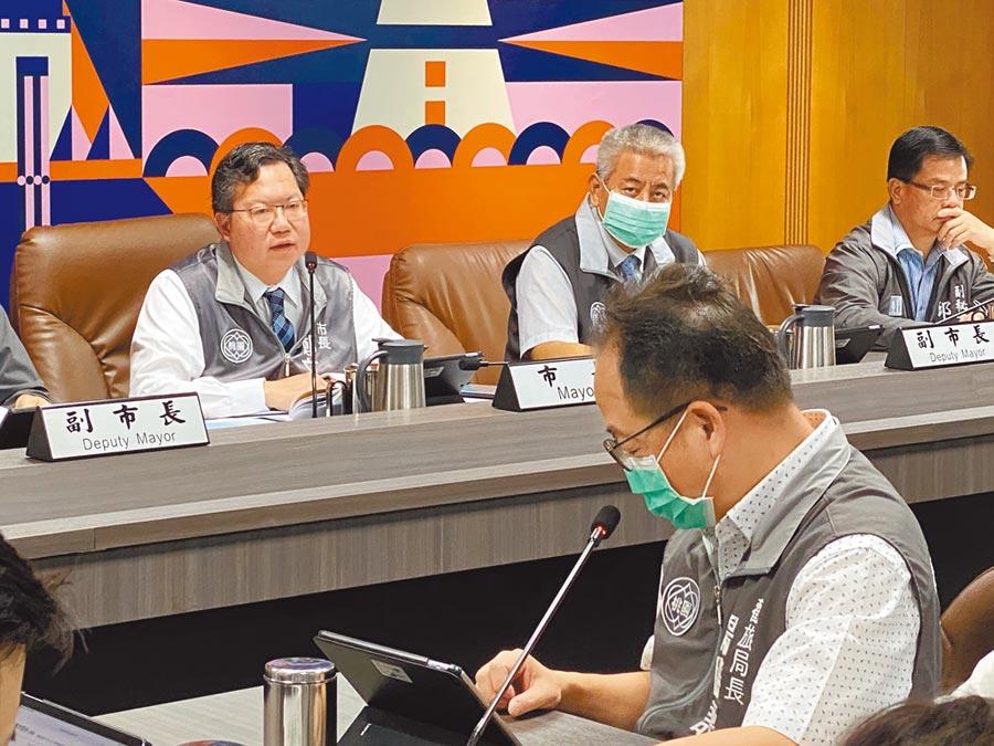 桃園市長鄭文燦宣布推出藝文振興5方案,希望為藝文團體注入強心劑。(蔡依珍攝)