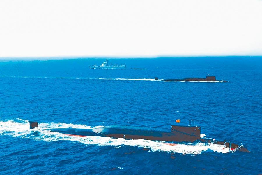大陸094核潛艦亮相南海大閱兵。(取自解放軍畫報)