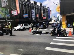 永康分局警支援緝毒 巡邏車與機車互撞騎士重傷