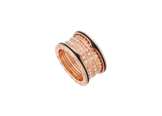 寶格麗B.zero1 Rock系列玫瑰金黑陶瓷四環戒指,約6萬9400元。(BVLGARI提供)