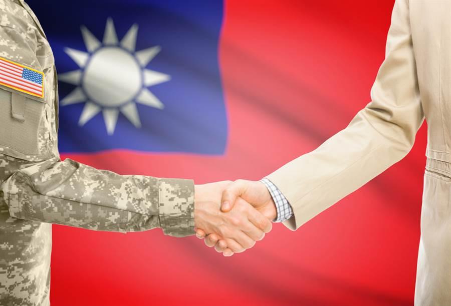 美國參議員霍利11日擬於國會提出「台灣防衛法」草案,確保美國履行台灣關係法義務,維持美軍阻阻中共武力犯台。(示意圖/達志影像)