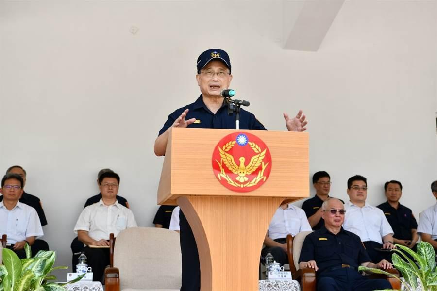 現場由警政署長陳家欽主持「輪式裝甲車示範觀摩演練」。(警政署提供)