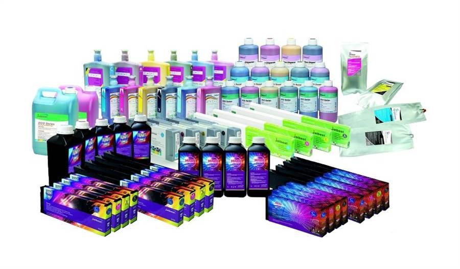 不管水性、油性或溶劑型墨水,泓瀚墨水皆能快速的開發符合顧客需求的墨水。(圖/泓翰科技提供)