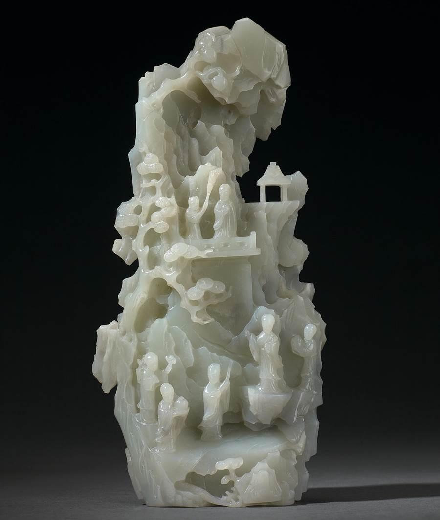 〈白玉仙山聖域圖山子〉近百年來首次現身於拍場。(宇珍國際藝術提供)