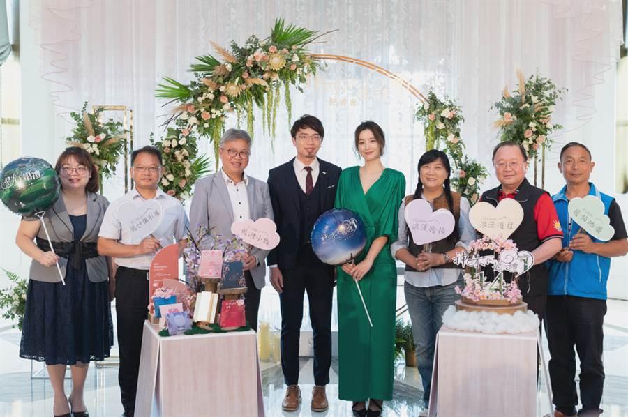 交通部觀光局周廷彰副局長出席12日「阿里山神木下婚禮」記者會。(照片/ 觀光局 提供)