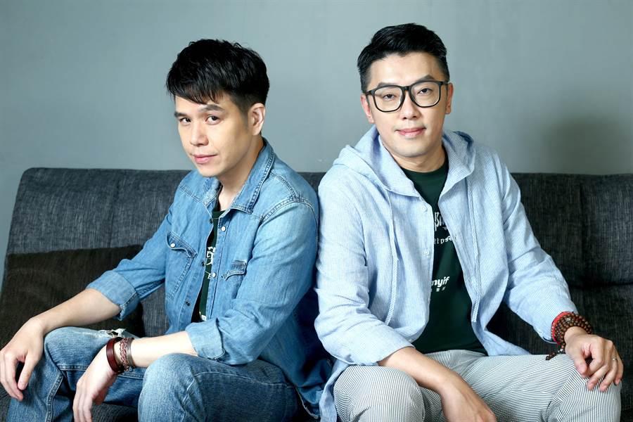 隆宸翰(左)跟段鈞豪兩位型男演員首次同框接受媒體訪問。(粘耿豪攝)
