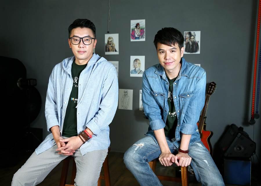 段鈞豪(左)與隆宸翰也都升格人父,會交流爸爸經。(粘耿豪攝)