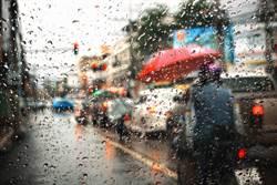 5縣市熱爆!吳德榮:颱風外圍影響 午後防劇烈天氣