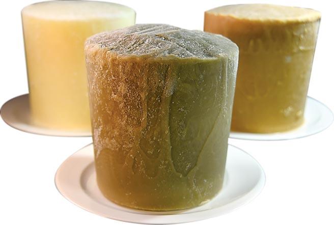 〈辛發亭〉今夏與美福飯店合作,提供牛奶、花生與抹茶三種口味冰磚,讓客人可在美福〈彩匯〉自助餐廳內享用雪花冰。圖/姚舜