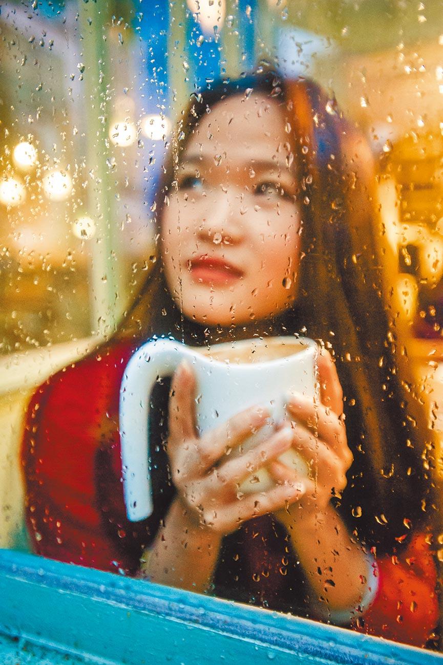 三總急診部主治醫師何政軒表示,若攝取咖啡因的量過大,就會意識喪失,未及時處理恐致死。(本報資料照片)
