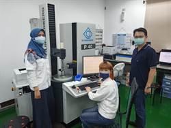 印尼二技2+i專班  8月企業實習顯身手