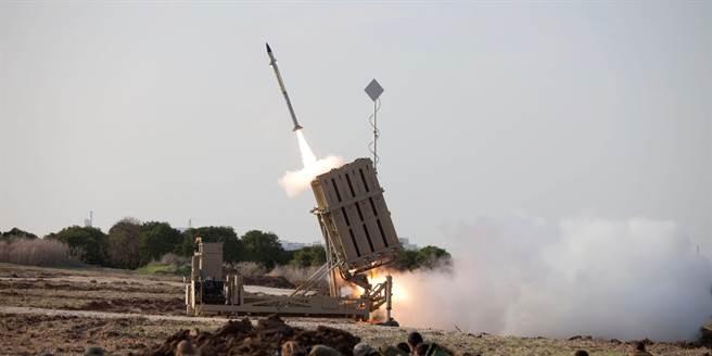 以色列的鐵穹防禦系統。(圖/美聯社)