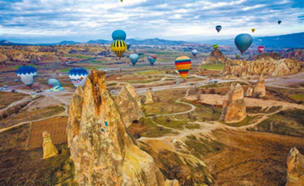 友泰旅遊深耕歐洲、中東等長線旅遊,土耳其市佔率數一數二,今年面對疫情衝擊決定轉型販售商品。(友泰旅遊提供)