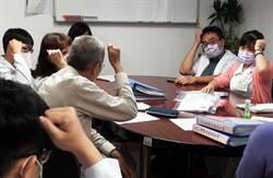 部東醫院醫護人員集體學手語 只為她1人