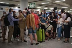 解封發大財!德專機滿載觀光客飛抵西班牙海島
