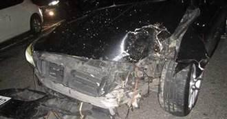 16歲少女開朋友百萬BMW去夜店 路況不熟撞路樹車頭全毀