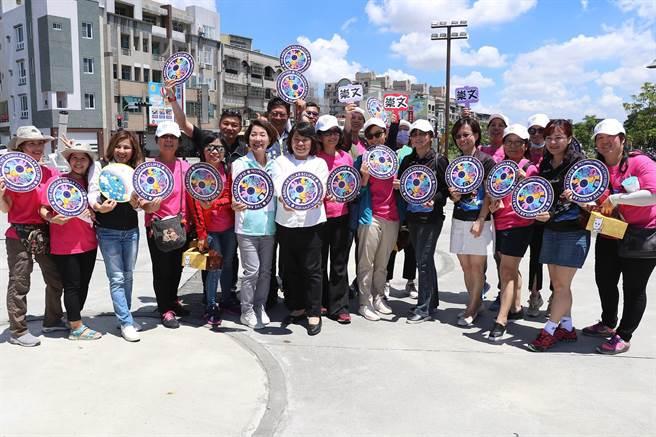 「日環食」6月21日夏至當天登場,喊出「主場在嘉義」的嘉義市為迎接從各地造訪的民眾,已有200多位天文志工受過培訓。(呂妍庭攝)