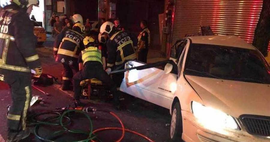 陳男開BMW酒駕載2辣妹,意外撞死張姓男子。(圖/報系資料照)