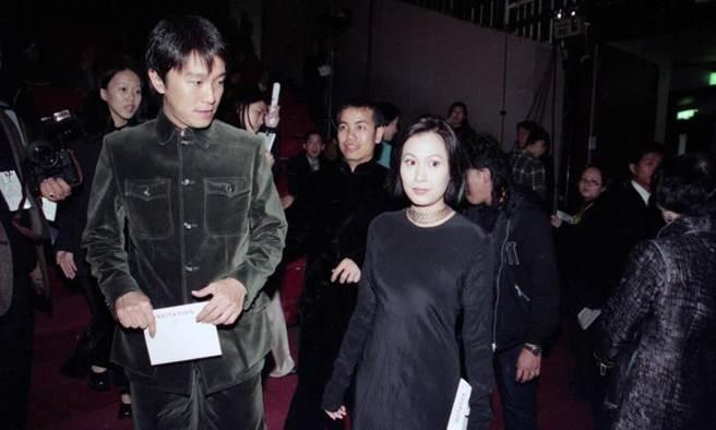 元奎以導演身份與周星馳合作電影,成就周星馳的同時,也成就了自己。 (圖/報系資料照)