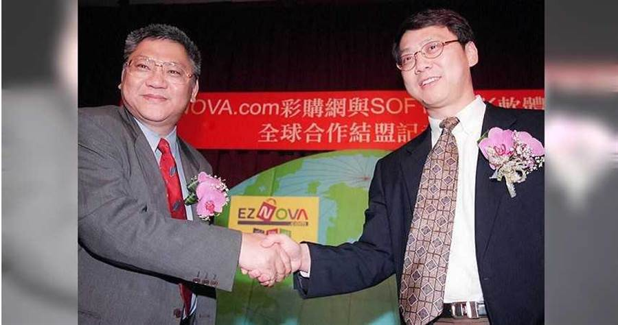 NOVA資訊廣場創辦人之一鍾瓊明(左)後來離開台灣,到美國加州發展事業,欠下大筆貸款早逝。(圖/報系資料照)