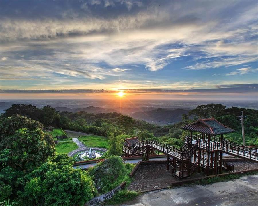 圖為可觀測日環食的白河碧雲寺。(台南市政府觀旅局提供/李宜杰台南傳真)