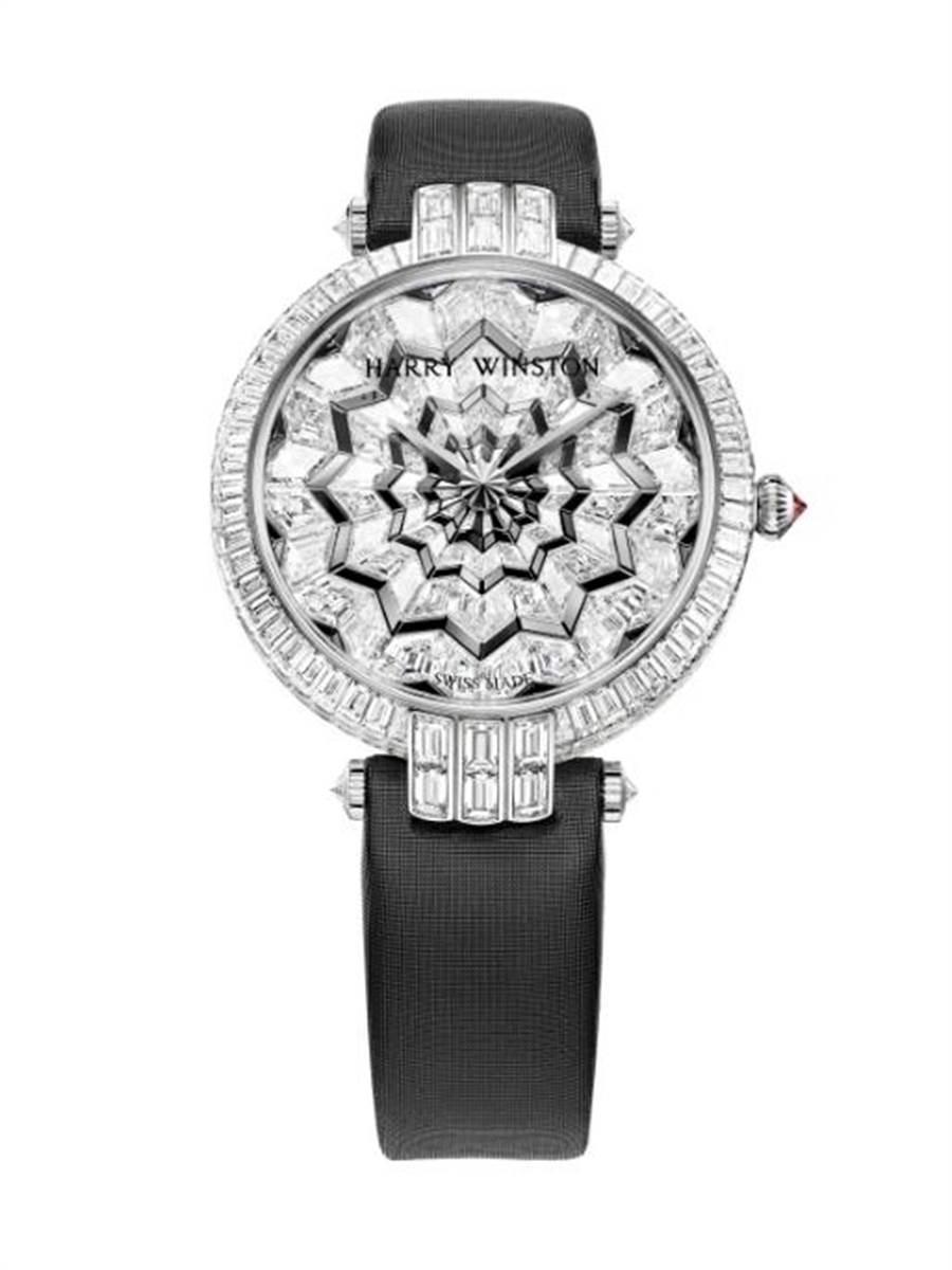 Harry Winston Premier系列Hypnotic Star 36毫米自動上鍊機械腕表,全球限量1只,全球首度亮相、台北101獨家首賣,108萬元。(台北101提供)