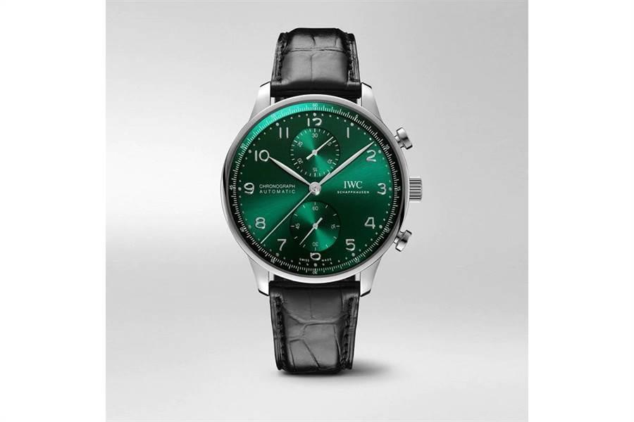 IWC葡萄牙系列計時腕表,2月改版後新色,首次引進台灣,Stage101線上獨家首賣,25萬4000元。(台北101提供)
