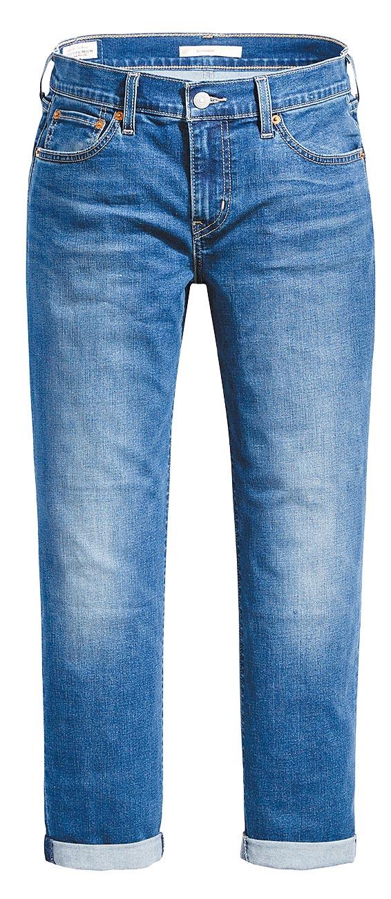 LEVI,S COOL Jeans涼感丹寧系列Boyfriend男友褲,3990元。(LEVI,S提供)