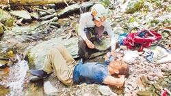 楊欣正靠喝水和尿 躺8天獲救