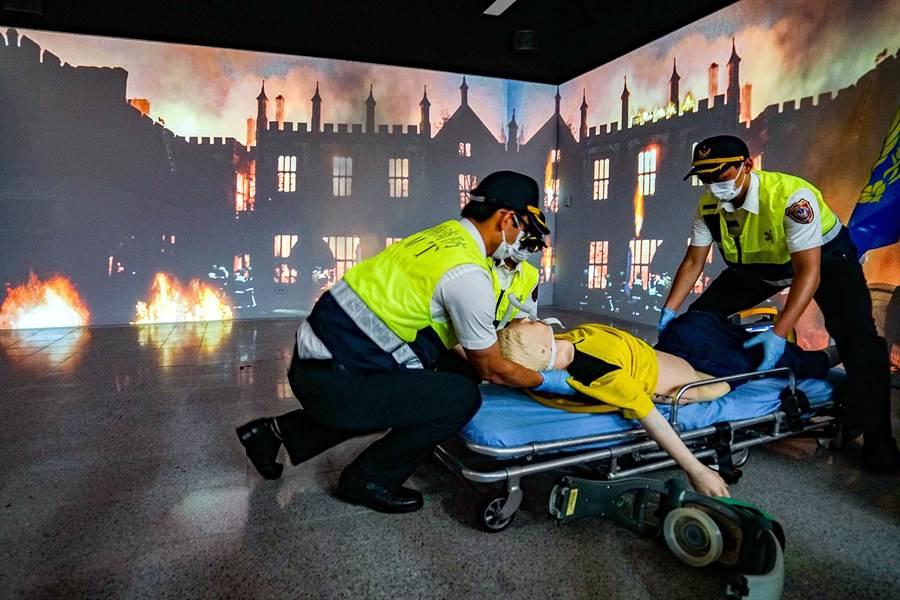 宜蘭縣的模擬救護訓練教室今天啟用。(李忠一攝)