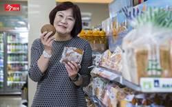 全家這款鬆餅能年銷800萬袋 揭密咖啡到麵包狂銷的經營心法