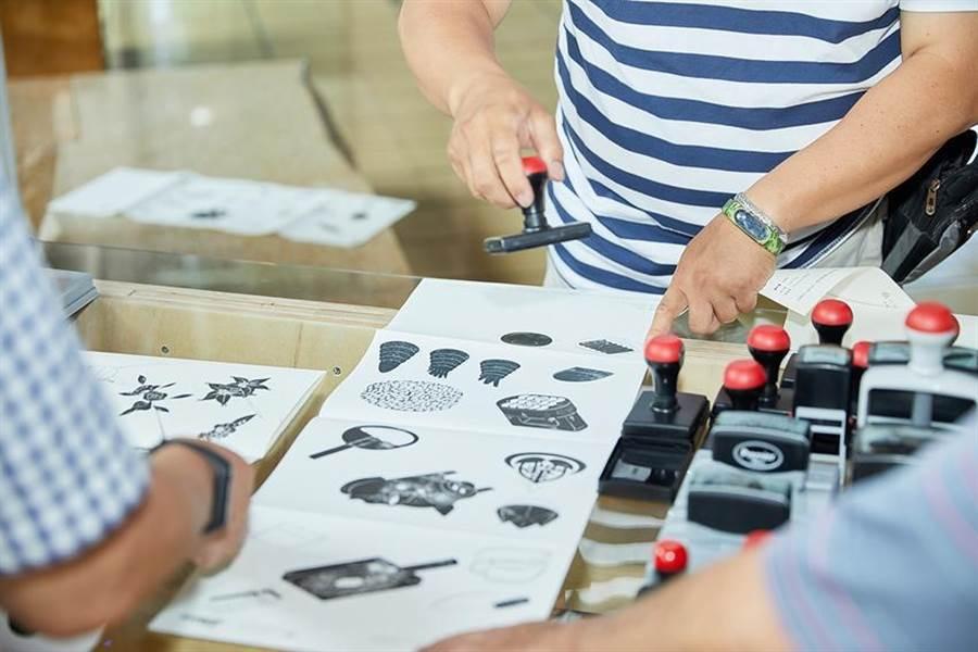 礁溪老爺舉辦「宜蘭踩印Step by Stamp」主題展,透過印章搜集與互動蓋印出一場宜蘭與台南的雙城印記。(圖/礁溪老爺酒店提供)